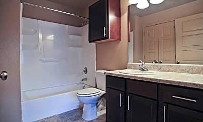 Bathroom, Grandview Heights, 2