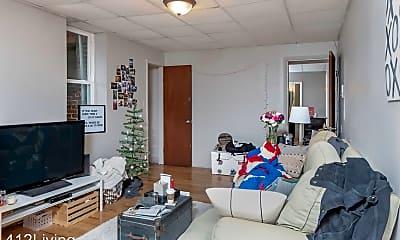 Living Room, 1324 E Carson St, 1
