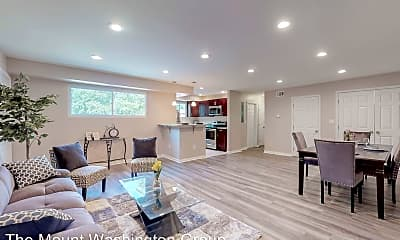 Living Room, 1401 Wentworth Ave, 0