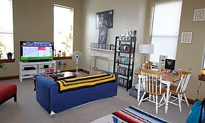 Living Room, 1112 Sheffield St, 0