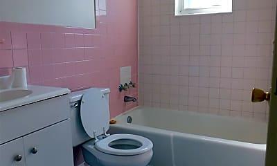 Bathroom, 116 W 36th St, 2