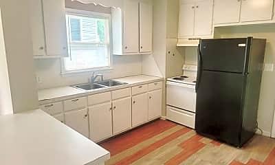 Kitchen, 1503 Lathrop St, 1