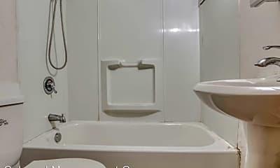 Bathroom, 526 N Potomac St, 2
