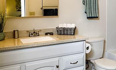 Bathroom, 5421 E 42nd Ave, 1