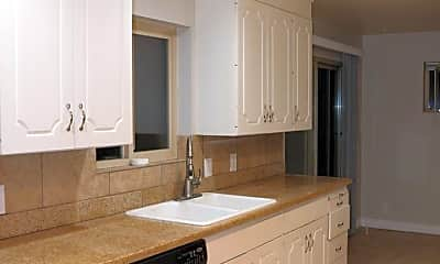 Kitchen, 860 E 400 S, 1