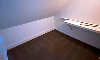 Bathroom, 737 McLain St, 2