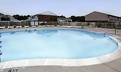 Pool, Gateway Townhomes, 1