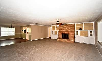 Living Room, 418 Brook Hollow Dr, 1