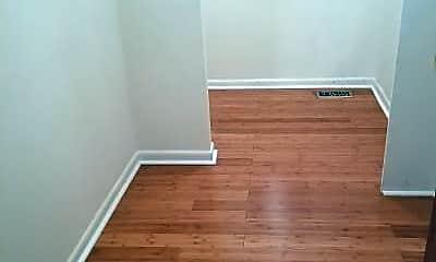 Bedroom, 359 N Greeley Ave, 2