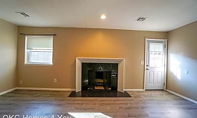 Living Room, 3513 Willow Springs Dr, 0