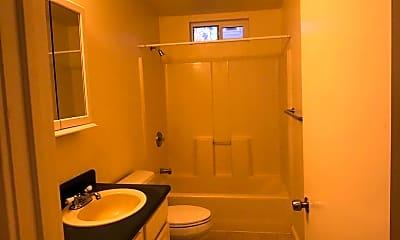 Bathroom, 1607 Fairview St, 2