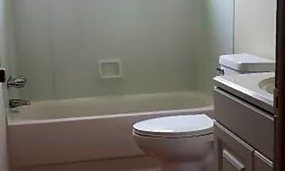 Bathroom, 5723 Richwood St, 2
