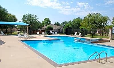 Pool, 624 Cottonwood Trail, 2