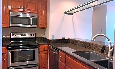 Kitchen, 375 Ralph McGill Blvd, Unit 1103, 1