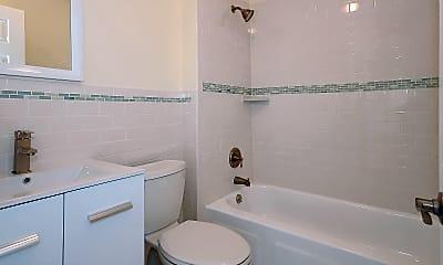 Bathroom, 200 Deal Lake Dr 5L, 1