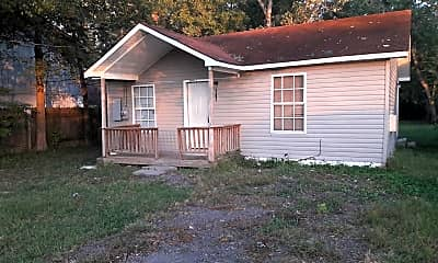 Building, 207 N 1st St, 2