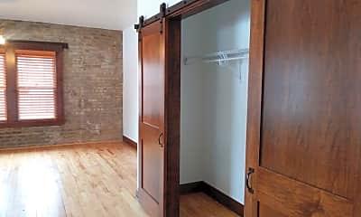 Bathroom, 1500 Park Ave, 1