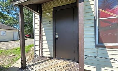 Patio / Deck, 2828 Raymond St, 1