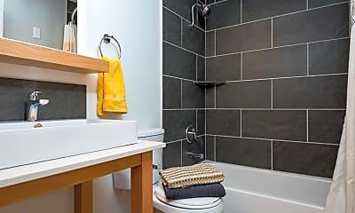 Bathroom, West on Murray, 2