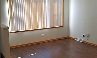 Living Room, 18534 Chicago Ave, 1