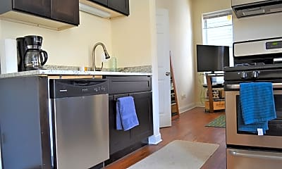 Kitchen, 1629 S Throop St 2R, 2
