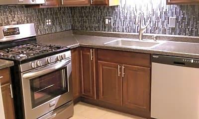 Kitchen, 319 SE 8th St, 0
