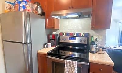 Living Room, 518 Osage St, 1