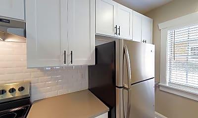 Kitchen, 916 S. Oregon Avenue, 1