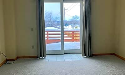 Living Room, 436 Thayer St, 2