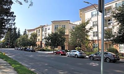 Epic Apartments, 0