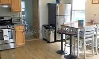 Kitchen, 47 Montgomery St, 2