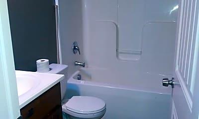 Bathroom, 1547 N Burns St, 2