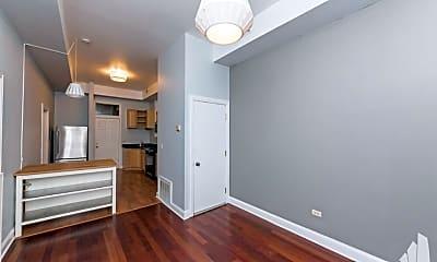 Bedroom, 1255 N Ashland Ave, 2