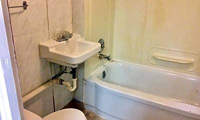 Bathroom, 345 W 8th St, 2