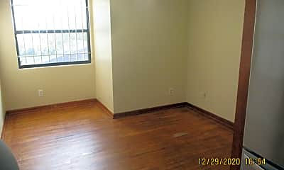 Bedroom, 1609 W 13th St, 2