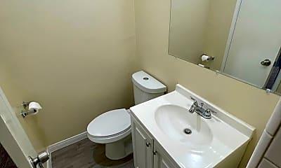 Bathroom, 1422 W 225th St, 2
