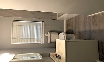 Bathroom, 9224 Pavia Ave, 2