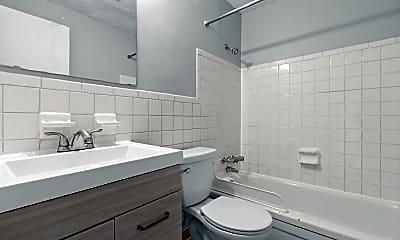 Bathroom, Bexley Parks, 2