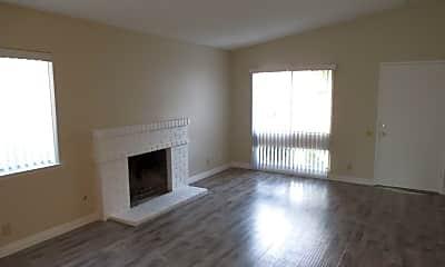 Living Room, 23051 La Morita Dr, 1