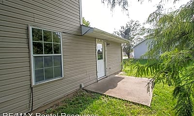 Building, 657 Country Squire Ct, 2