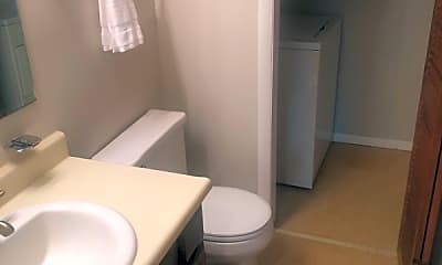Bathroom, 1831 Tryon Dr, 2