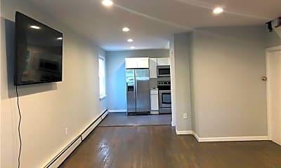 Living Room, 630 Prospect St, 0