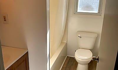 Bathroom, 1035 Old Philadelphia Rd, 1