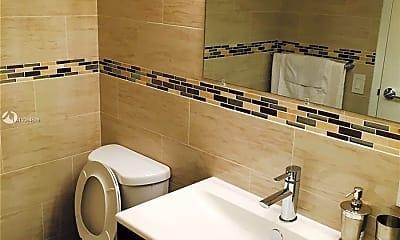 Bathroom, 2101 Atlantic Shores Blvd 301, 2
