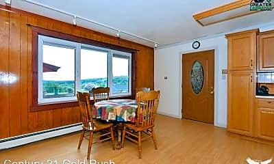 Dining Room, 690 El Rancho Dr, 2