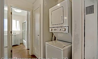 Bathroom, 140 Arch St, 1