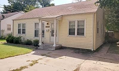 Building, 5017 E Elm St, 1