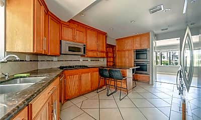 Kitchen, 540 W 31st St, 1