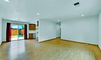 Living Room, 916 Arthur St, 1