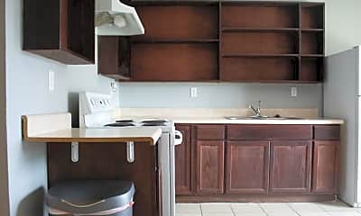 Kitchen, Room for Rent -  a 5 minute walk to bus 15, 0
